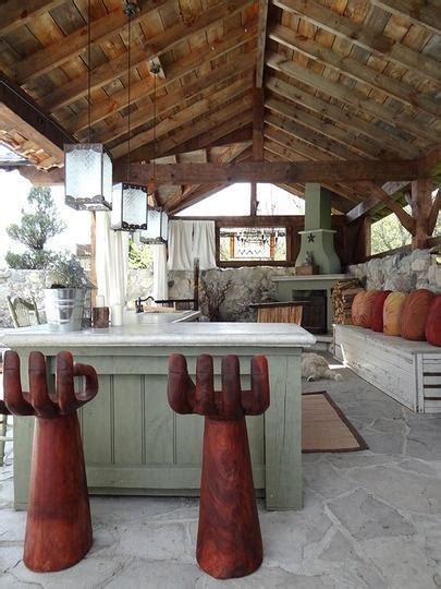 ideas  examples   arranged outdoor kitchens