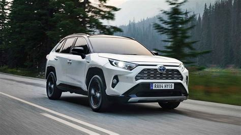 toyota rav review  return   rugged suv roots