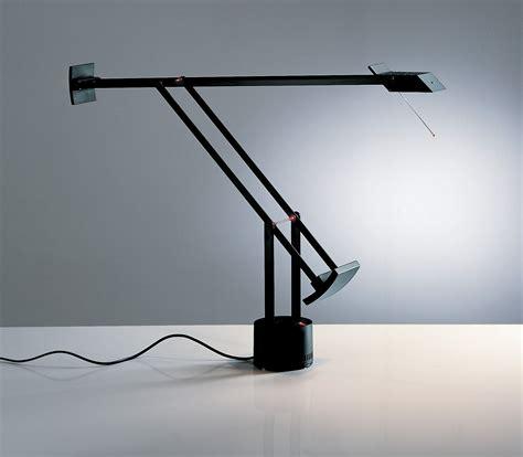 lampada da tavolo tizio  artemide nero   design