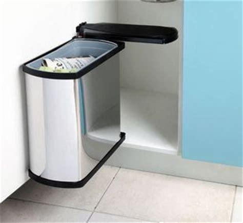 poubelle cuisine encastrable les 25 meilleures idées de la catégorie poubelle