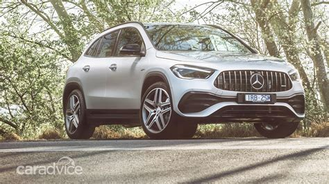Позднее в гамму войдут дизельные исполнения и. Gallery: the 2020 Mercedes-AMG GLA 35 is the latest, fast SUV from Germany | CarAdvice