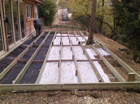 faire une terrasse en bois sur plot beton myqto com