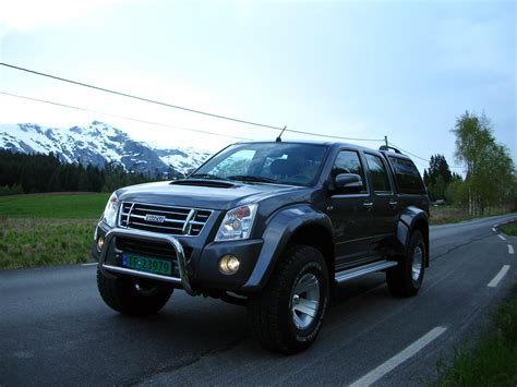 Isuzu Mux Photo by Isuzu D Max Photos Photogallery With 34 Pics Carsbase
