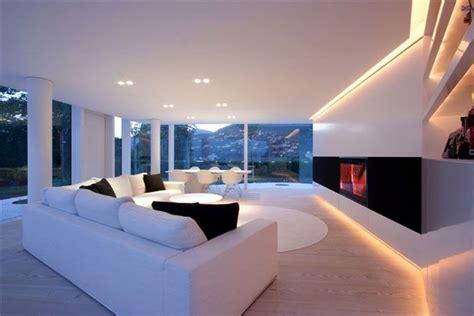 Moderne Häuser Wohnzimmer by Edles Wohnzimmer In Luxus Villa Am See Eigenheim