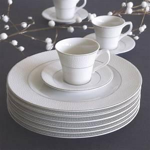 Assiette à Dessert Originale : assiette dessert 21cm design et originale aux motifs en relief ~ Teatrodelosmanantiales.com Idées de Décoration