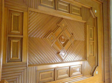 model plafon ruang tamu sederhana kayu desain rumah