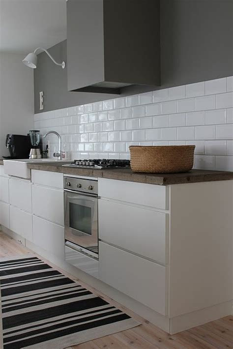 Grey Tiles In Kitchen by Kitchen Subway Tiles Are Back In Style 50 Inspiring Designs