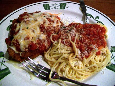 how to make chicken parmesan like olive garden chicken parmesan from olive garden