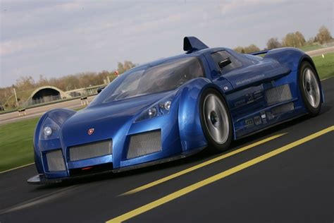 Gumpert Apollo Review, Specs, Pictures, Price & Top Speed