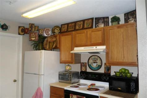 Kitchen Decorating Ideas Themes by Small Kitchen Decor