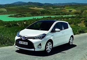 Essai Toyota Yaris Hybride : essai toyota yaris hybrid un succ s plus que m rit photos ~ Gottalentnigeria.com Avis de Voitures