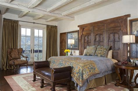15 Awesome Antique Bedroom Decorating Ideas Antique Bronze Spray Paint Uk Furniture Phoenix Area Galvanized Tubs Antiques In Pasadena Texas Gravy Boat With Lid Orlando Car Show Staunton Chess Pieces Bedroom Vanity Set