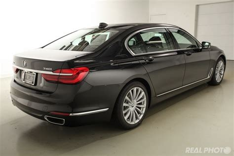 Pre-owned 2017 Bmw 7 Series 740i Xdrive 4dr Car In