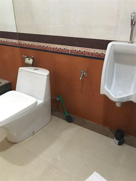 ห้องน้ำมีกลิ่นเหม็นมากๆค่ะ รบกวนขอคำปรึกษาทีนะคะ - Pantip