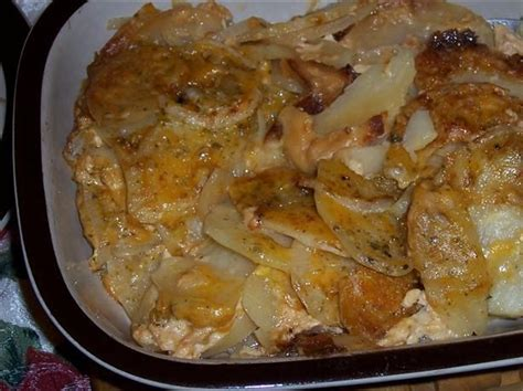 crock pot scalloped potatoes crock pot cheddar scalloped potatoes recipe food com 76896