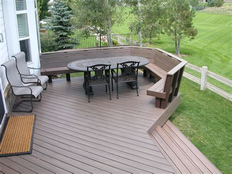 trex deck  benches   railing halliday