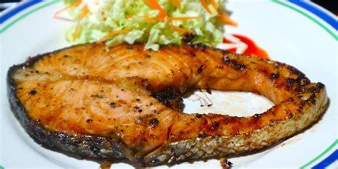 ข้อมูลโภชนาการ ใน ปลาแซลมอนย่าง 1 จาน ให้พลังงานทั้งสิ้น ...