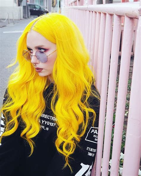 With Yellow Hair by Best 25 Yellow Hair Ideas On Yellow Hair Dye