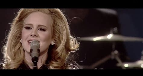 Adele Sings 'set Fire To The Rain' Live At Royal Albert