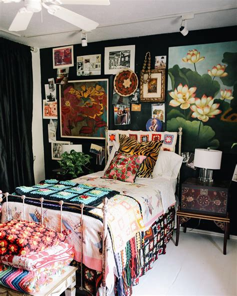 maximalist interior design how to do it in the right way design ideas