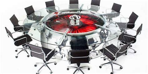aviator wing desk gokil perabotan ini terbuat dari bangkai pesawat