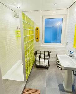 Petite Salle De Bain Avec Douche Italienne : petite salle de bain avec cloison de douche italienne jaune ~ Carolinahurricanesstore.com Idées de Décoration