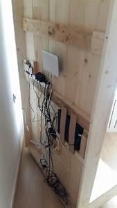 Ideen Tv Wand : tv r ckwand selbst bauen alle kabel verschwinden hinter ~ Lizthompson.info Haus und Dekorationen