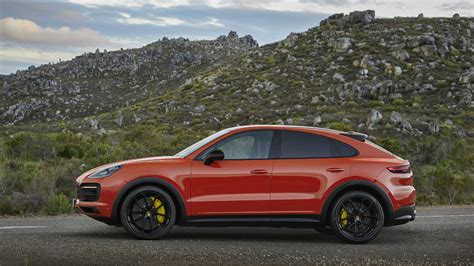 2019 Porsche Cayenne Standard Features by 2019 Porsche Cayenne Coupe Review Price Photos