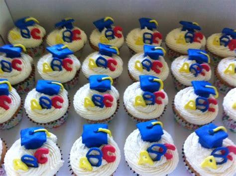cupcakes for preschool graduation stuff i ve made 237 | d98a1bbe8e5e589b54b39d2a03179944