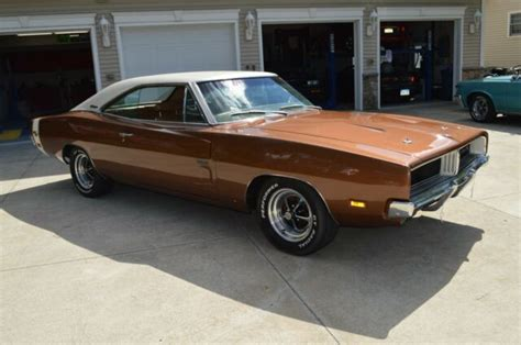 Dodge Charger Hemi For Sale by 1969 Dodge Charger Hemi R T For Sale Photos Technical