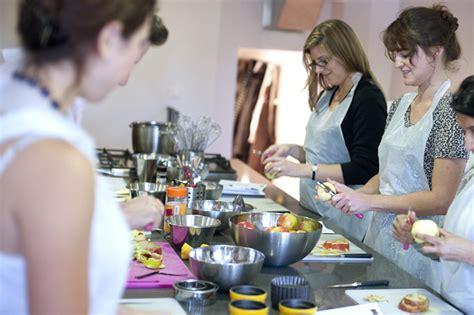 la cuisine cooking classes hip 187 la cuisine cooking classes in hip makes apple