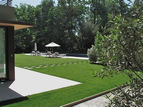 modern residential landscape design contemporary residential garden design