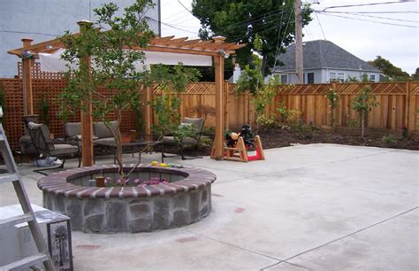 Images Of Backyard Patios by Backyard Patios And Decks Marceladick
