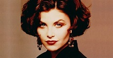 Sherilyn Fenn Biography – Facts, Childhood, Family Life ...