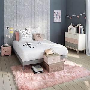 Porte revues blanc commode tapis et parure de lit blush for Tapis chambre ado avec housse de couette 180x190