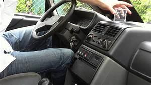 Comment Atténuer Le Bruit Des Voitures : comment enlever l 39 odeur de tabac de votre voiture astuce auto enlever odeur tabac youtube ~ Medecine-chirurgie-esthetiques.com Avis de Voitures