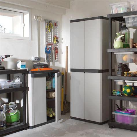 armoire chambre castorama cool armoire de rangement garage castorama with rangement