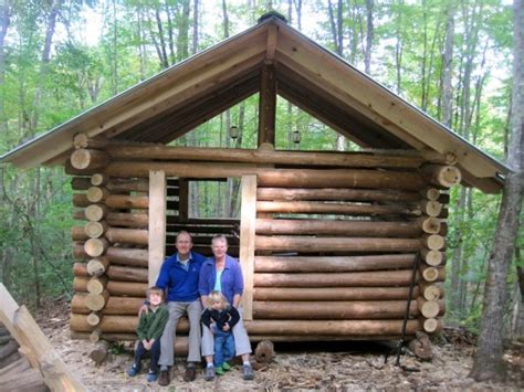 how to build a small cabin 37 best images about building a log cabin on