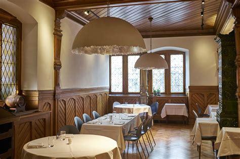 cuisine a la maison la maison des têtes historic restaurant colmar