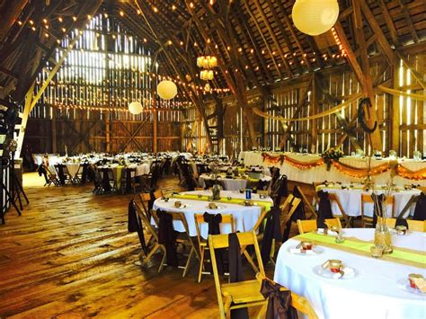 barn venues in michigan michigan barn weddings crooked river weddings barn