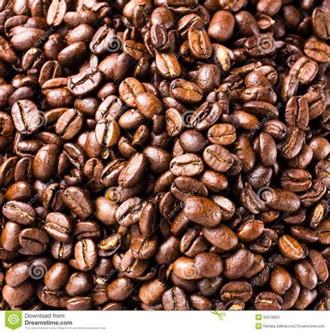 Vedi di più ancora nel dizionario. Coffee Beans Background Or Texture High Resolution, Closeup Stock Image - Image of closeup ...