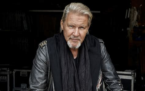 photos | Johnny Logan