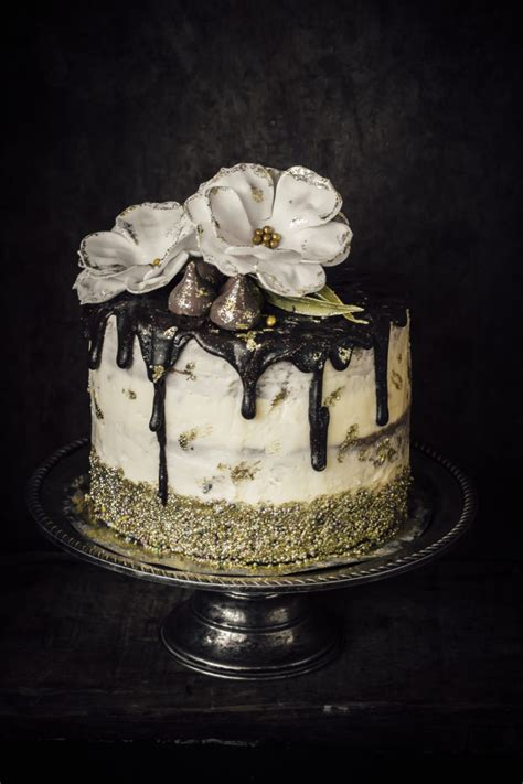 white and gold cake white and gold cake because is gold sugar et al 1294