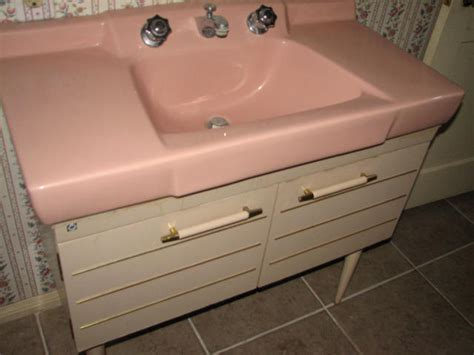 pink kitchen sink s vintage vegas mid century modern homes 1501