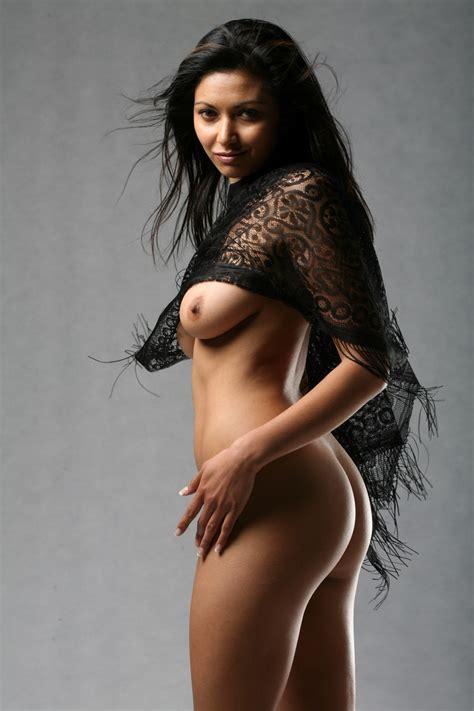 Indian Model Posing Nude Xxx Dessert Picture