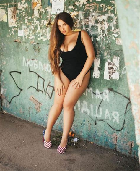 Plus Size Model Victoria Manas