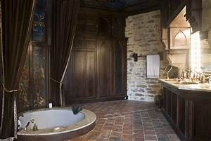 montbrun castle - The Masters Bathroom