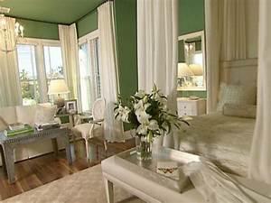 Color Trends In The Bedroom HGTV