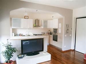 Muretto divisorio cucina soggiorno – Restauro di edifici