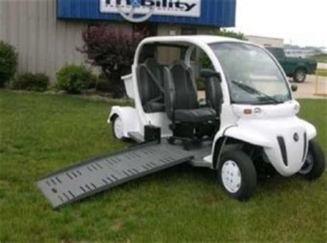 amkar une voiture 233 lectrique adapt 233 e au transport de personnes en fauteuil roulant manuel ou